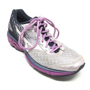 Women's Mizuno Wave Rider 19 Running Shoes Size 8M